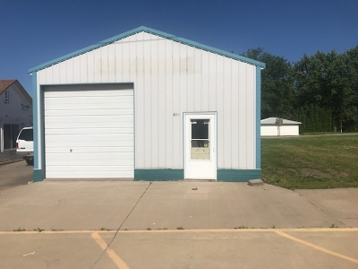 Lone Tree Commercial For Sale: 116 N Devoe St