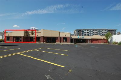 Coralville Commercial For Sale: 805 2nd St #Ste 1