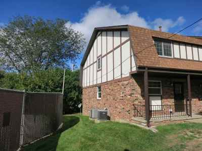 Coralville Condo/Townhouse For Sale: 1201 21st Ave Pl