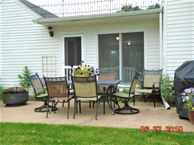 Cedar County Single Family Home For Sale: 221 E 11th St