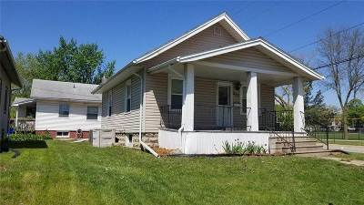 Cedar Rapids Single Family Home For Sale: 885 NE 14th St
