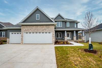 Johnson County Single Family Home For Sale: 343 Russell Slade Blvd