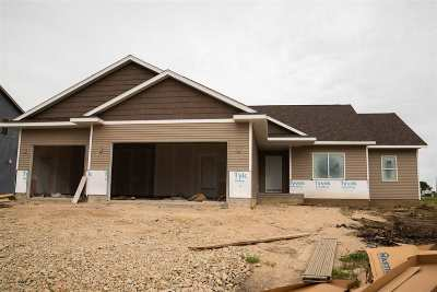 Linn County Single Family Home For Sale: 1408 Cardinal Dr.