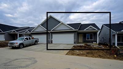 Cedar Rapids Condo/Townhouse For Sale: 1330-B Grant Court NE
