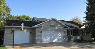 Washington County Single Family Home For Sale: 2472 Robbins Ct