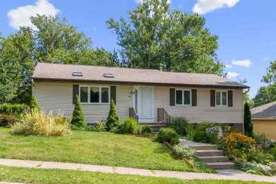 Iowa City IA Single Family Home New: $225,000