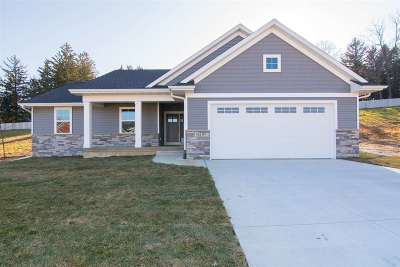 Iowa City IA Single Family Home New: $400,000