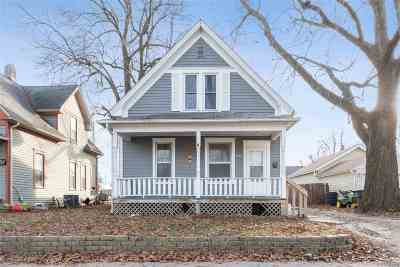 Cedar Rapids Single Family Home For Sale: 293 14th Ave SW