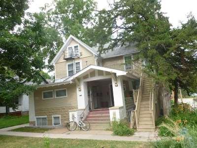 Johnson County Multi Family Home For Sale: 518 N Van Buren