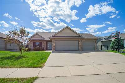 Solon Single Family Home Reduced Price: 815 Wood Lily Rd