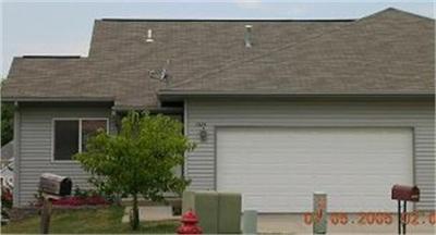 Coralville Condo/Townhouse For Sale: 1424 Denali Ct