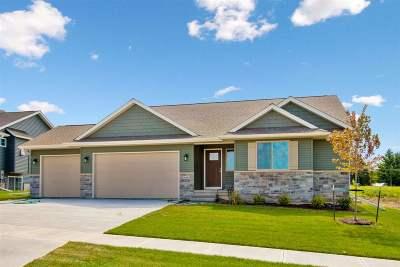 Iowa City Single Family Home For Sale: 4461 Luke Dr.