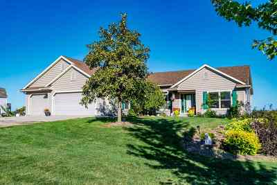 Wellman Single Family Home For Sale: 1280 Gum Ave