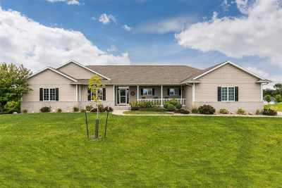 Johnson County Single Family Home New: 2810 Skyview Drive NE