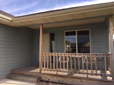 Spirit Lake Single Family Home For Sale: 3701 Keokuk Avenue