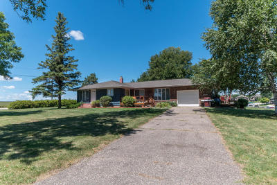 Spirit Lake Single Family Home For Sale: 20500 Dolphin Road
