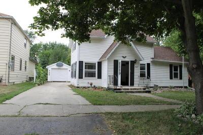 Single Family Home For Sale: 1605 Washington Street
