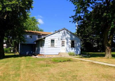 Single Family Home For Sale: 1205 Merrill Street