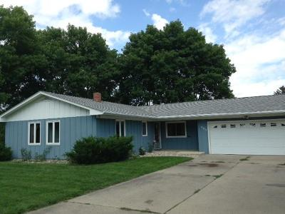 Spencer IA Single Family Home Active Contingent: $139,900