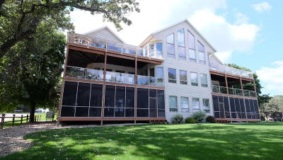 Spirit Lake Condo/Townhouse Active Contingent: 20798 170th Street #6D