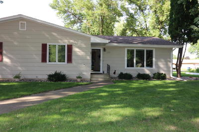 Spencer IA Condo/Townhouse Active Contingent: $118,500