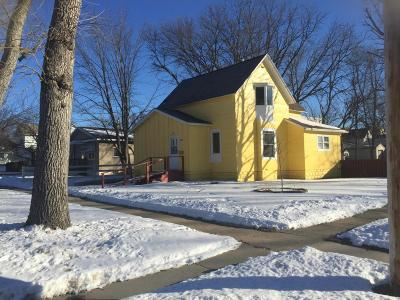 Single Family Home Sold: 802 N 7th Street