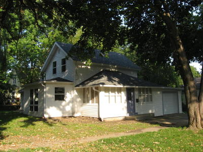 Spirit Lake IA Single Family Home For Sale: $114,500