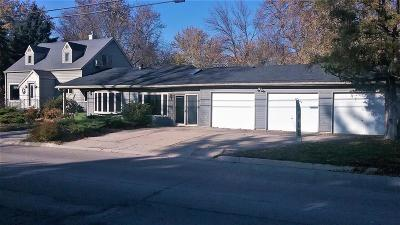 Emmetsburg IA Single Family Home For Sale: $124,950