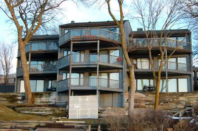 Arnolds Park Condo/Townhouse For Sale: 65 Lakeshore Drive #A3