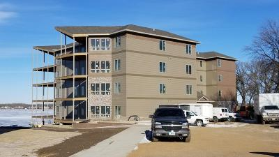 Arnolds Park Condo/Townhouse For Sale: 465 240th Avenue #106