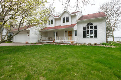 West Okoboji Single Family Home For Sale: 2111 Browns Bay Avenue