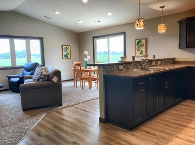 Spencer Single Family Home For Sale: 1314 8th Avenue SW
