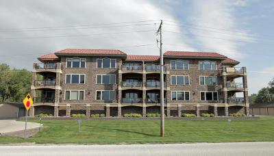Spirit Lake Condo/Townhouse Active Contingent: 15110 215th Avenue #8