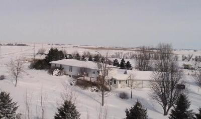 Spirit Lake Single Family Home For Sale: 1806 Hwy 9