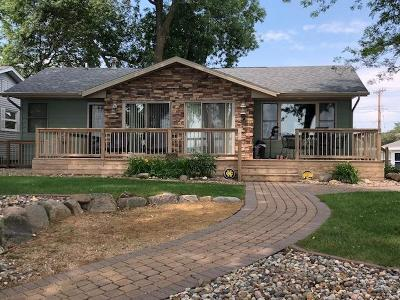Okoboji IA Single Family Home For Sale: $749,900