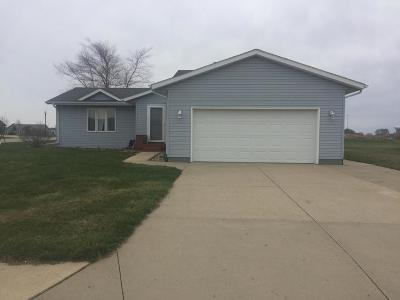 Spirit Lake Single Family Home For Sale: 2803 Zenith Avenue