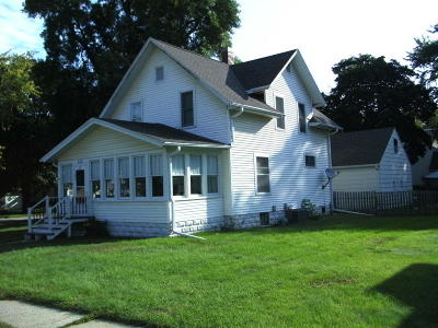 Estherville Single Family Home Active Contingent: 320 N 9th St