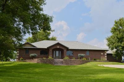 Spirit Lake Single Family Home For Sale: 2464 190th Street