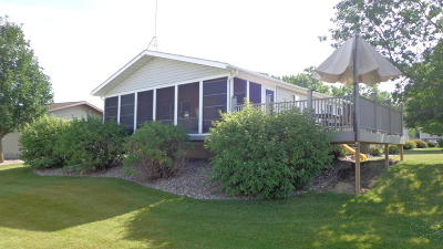 Arnolds Park Single Family Home Active Contingent: 1211 Wood Duck Road
