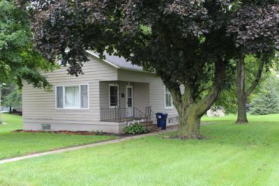 Spirit Lake Single Family Home For Sale: 1507 Gary Avenue