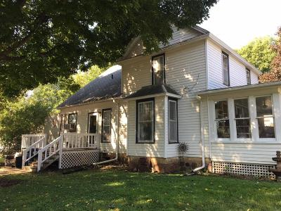 Spirit Lake Single Family Home For Sale: 501 Lake Street