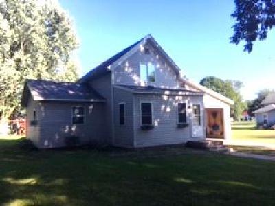 Emmetsburg Single Family Home For Sale: 1504 Union Street