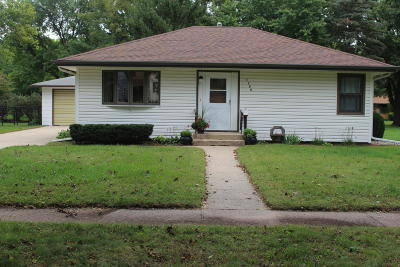 Spencer IA Single Family Home Active Contingent: $98,500