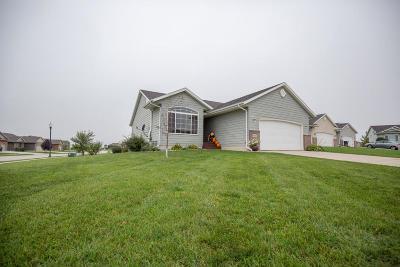 Spirit Lake Single Family Home For Sale: 3718 Jewel Circle