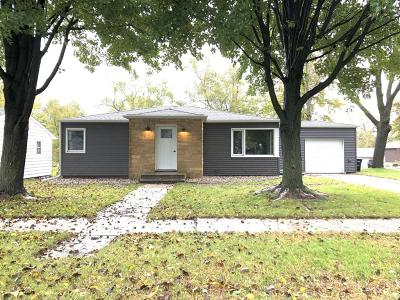 Lake Park Single Family Home For Sale: 309 2nd Street S