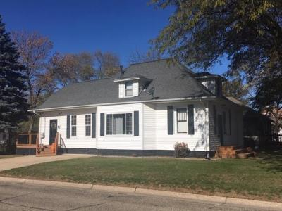 Milford Single Family Home For Sale: 901 K Avenue