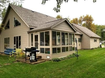 Wahpeton Single Family Home Active Contingent: 1313 Jerdee Lane
