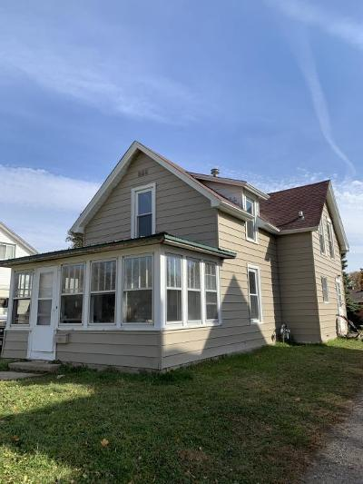 Single Family Home Sold: 406 N 6th Street