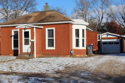 Single Family Home Sold: 418 9th Avenue W
