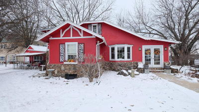 Arnolds Park Single Family Home For Sale: 127 Hwy 71 N